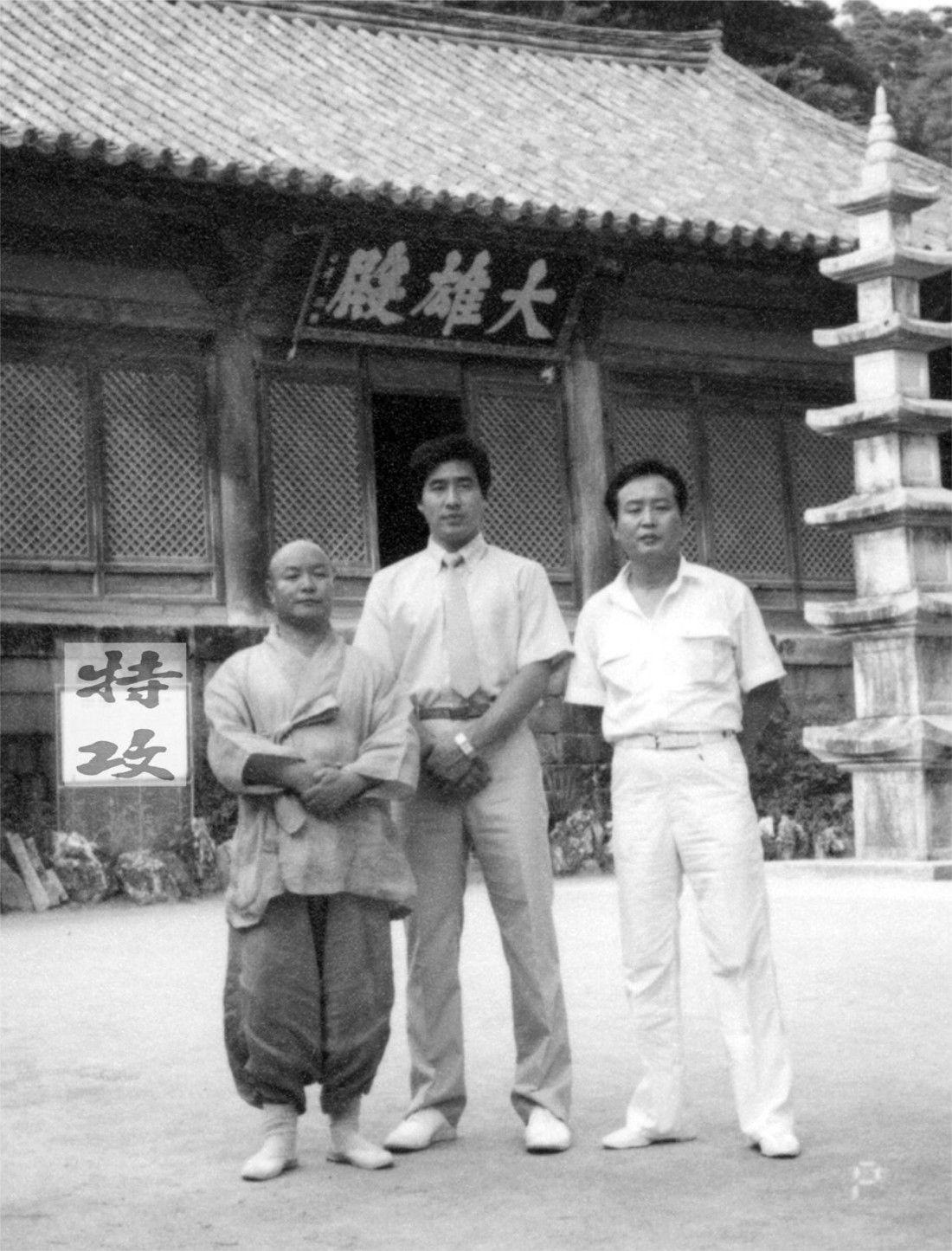 temple2-1100x1445.jpg